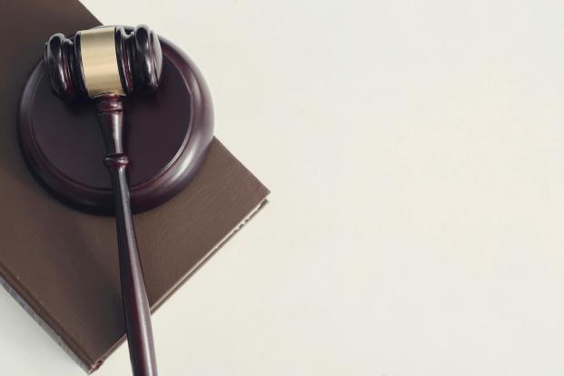 עורך דין לליטיגציה מסחרית